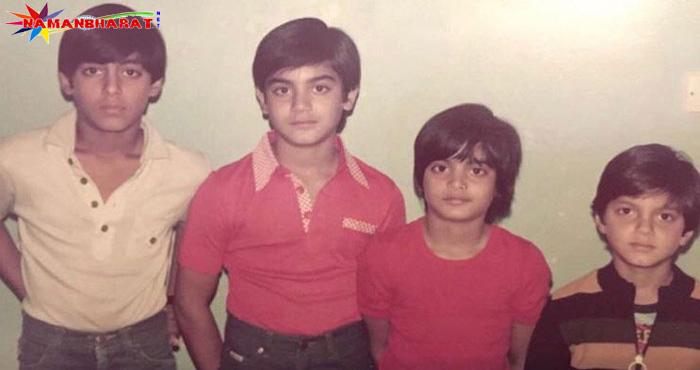 इस तस्वीर में बॉलीवुड के 4 सुपरस्टार मौजूद है, अगर आप पहचानो तो माने